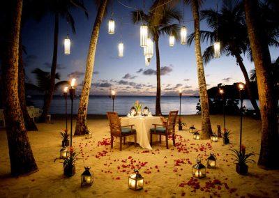 Honeymoon, Romance & Anniversaries